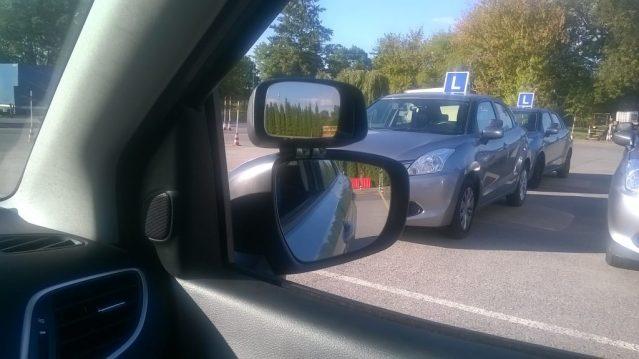 Auta przystosowane dla OSK - zastępcza Elka samochód